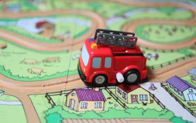 Noisy Wind-Up Fire Engine – Požiarnici sú už na ceste!